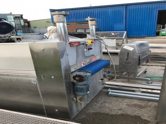 Lot No. 101 - Cryovac VS95 Continuous, Belt fed Vacuum Packer