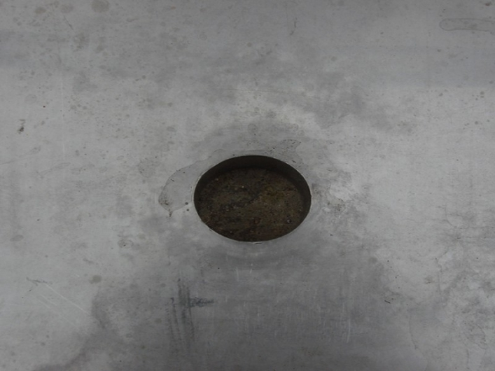 Tank - Drain hole fitted