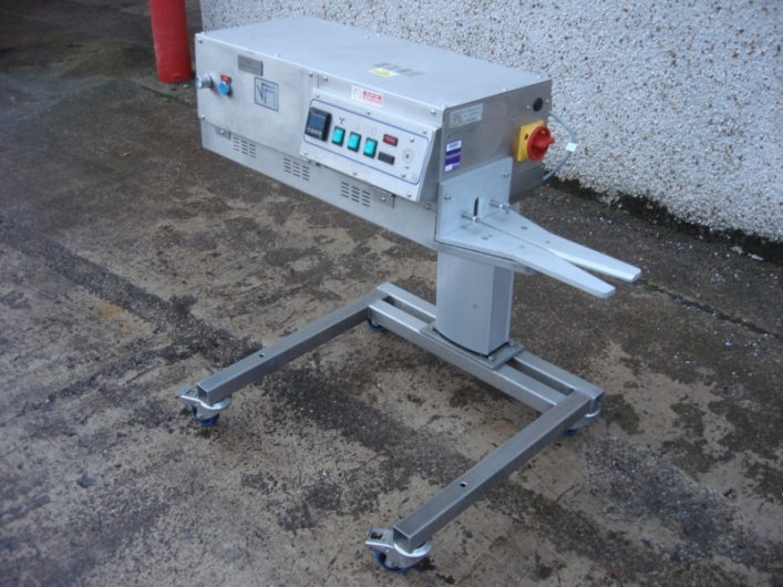 RM Sealers Vertical Bag Sealer 0349