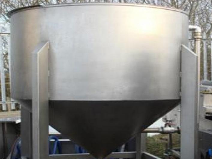 Alco Oil Holding Tank