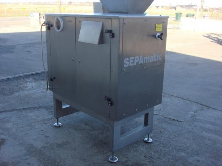 Sepamatic 1400 Separator and Incline Conveyor