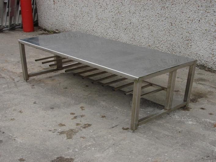 Table / Rack