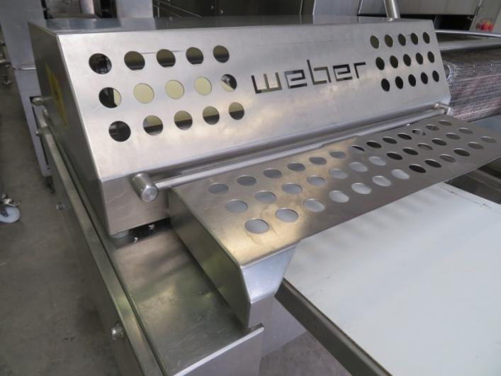 Lot No. 70 - Weber ASB560 Skinner