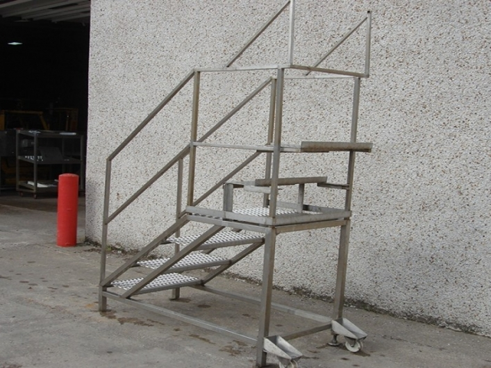 Set of steps with 6 steps