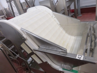 Incline Swan Neck Fighted Conveyor