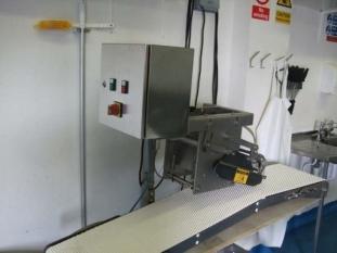 Carnitech CT 2612 Single Lane Salmon Pinbone Remover
