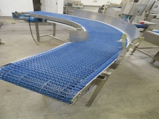 Lot No. 35 - 90 degree Conveyor