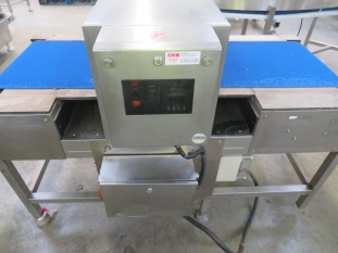 Lot No. 30 - LOMA Metal Detector and Check weigher